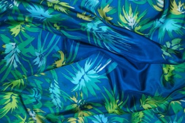 Feuilles bleues Pongé 90x90cm